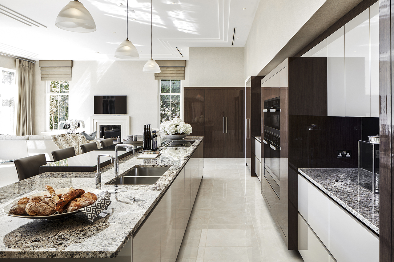 luxury high gloss kitchen