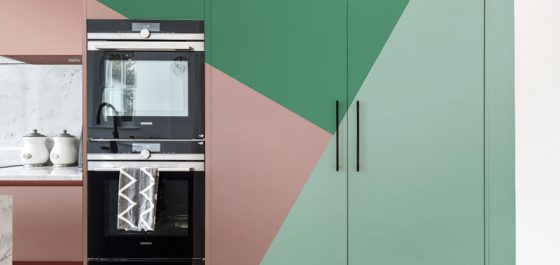 Interior Design Trend Colour Blocking - Green Pink Colour Blocking Kitchen