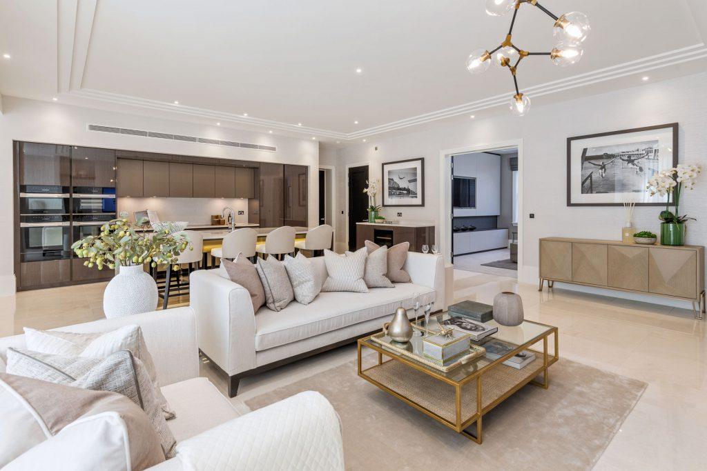 Luxury Kitchen Open Plan Lounge