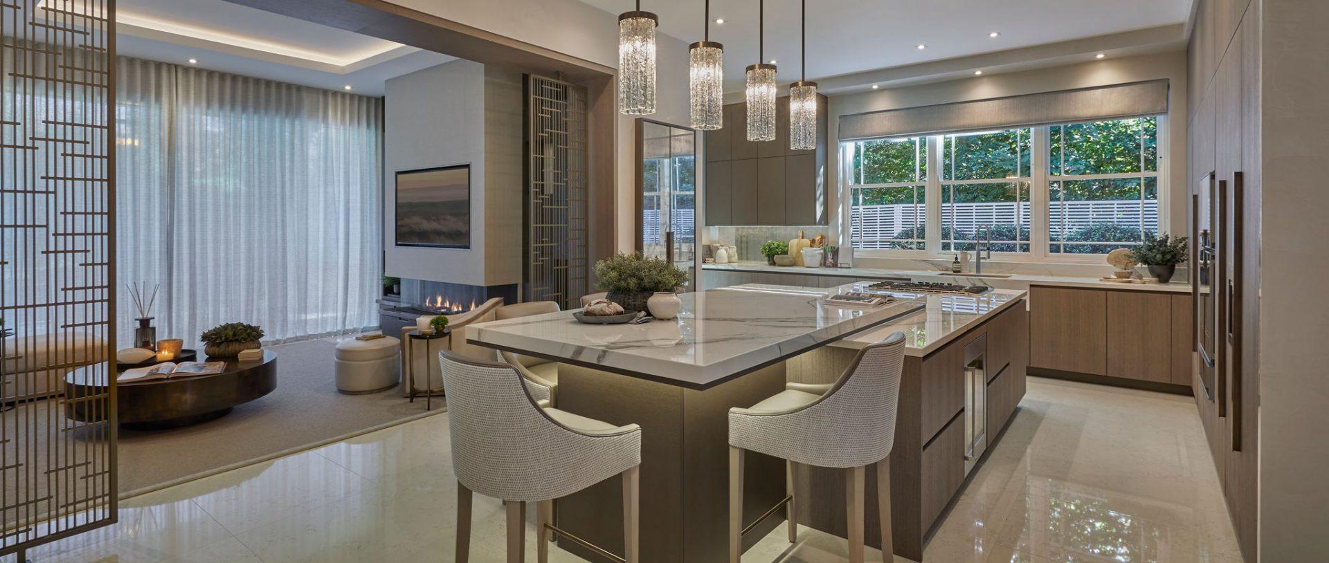 Modern Kitchen in Luxury Home